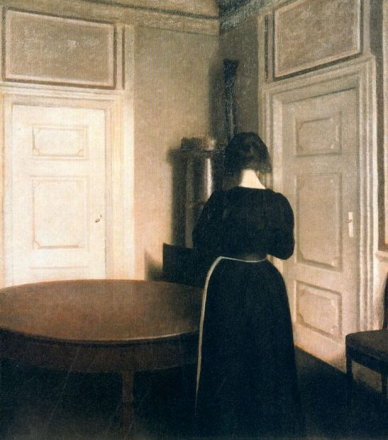 interior-or-the-corner-of-a-dining-room-strandgrade-50-1899