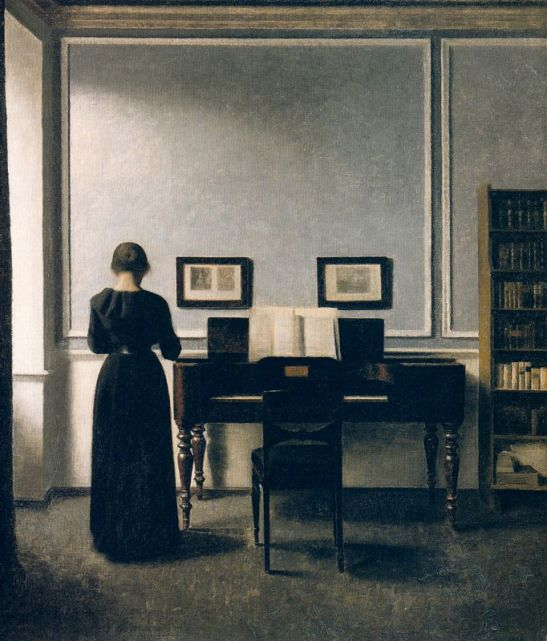 interior-with-piano-and-woman-in-black-strandgade-30